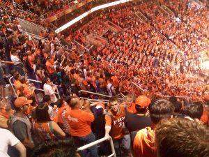 Menschenmenge im Stadion