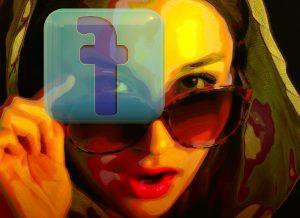 Frau drückt auf spiegelverkehrteds Facebook-Logo