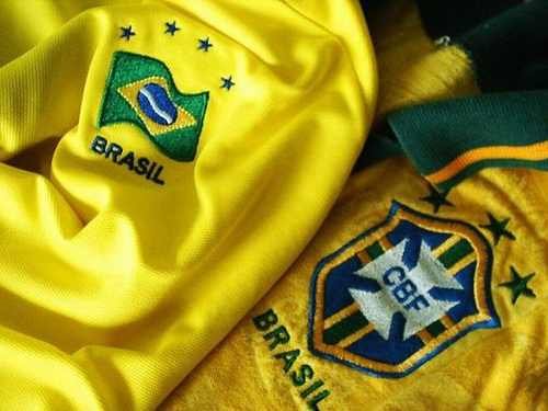 Fussballtrikot Brasilien passend zur Werbung zur Fussball-WM