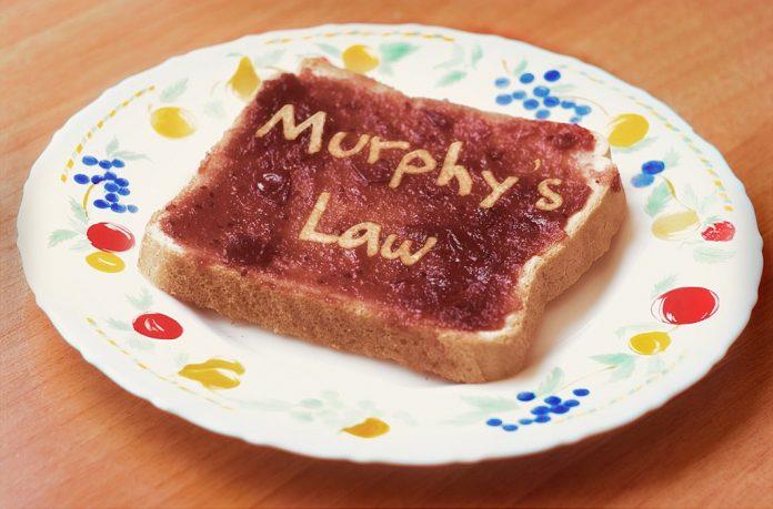 Toastbrot mit der Aufschrift Murphys Gesetze